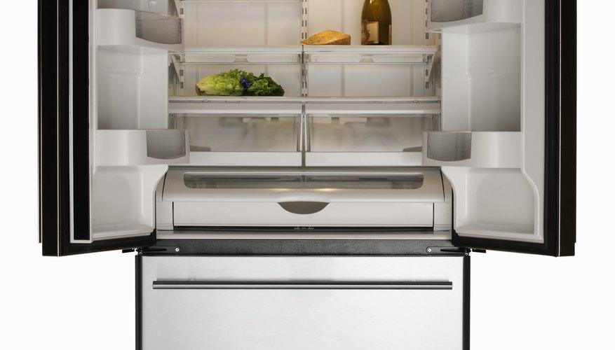 En Estados Unidos, los refrigeradores necesitan suministros de energía de 120 voltios.