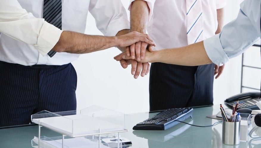 Entender la teoría de la organización puede ayudarte a salir adelante en el mundo de los negocios.