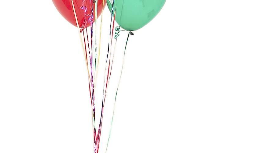 A balloon bouquet will be a creative addition to your toddler's photo.