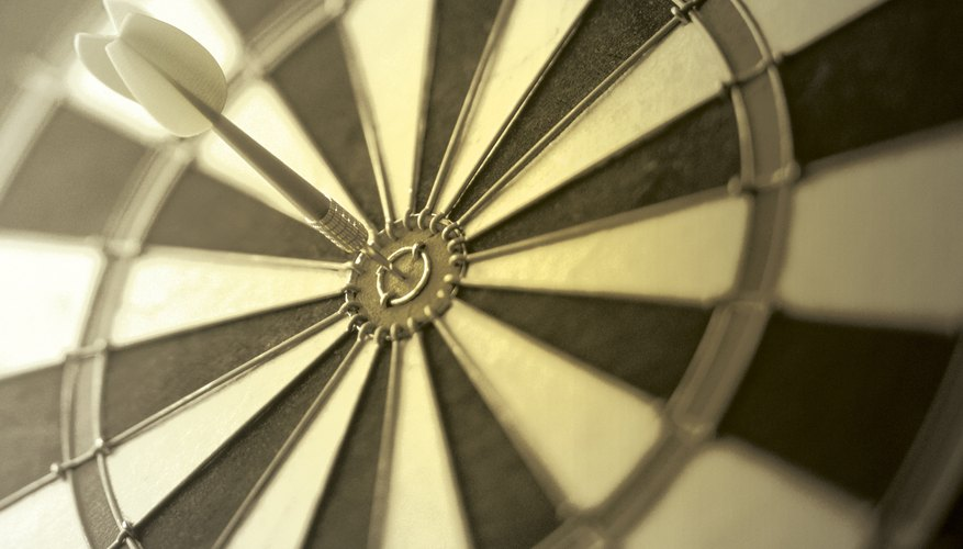 Build your own dartboard base for hours of fun in your own backyard.