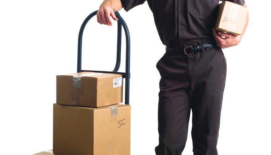 El servicio postal de los Estados Unidos hace que rastrear un paquete sea sencillo, incluso aquellos enviados como encomiendas.