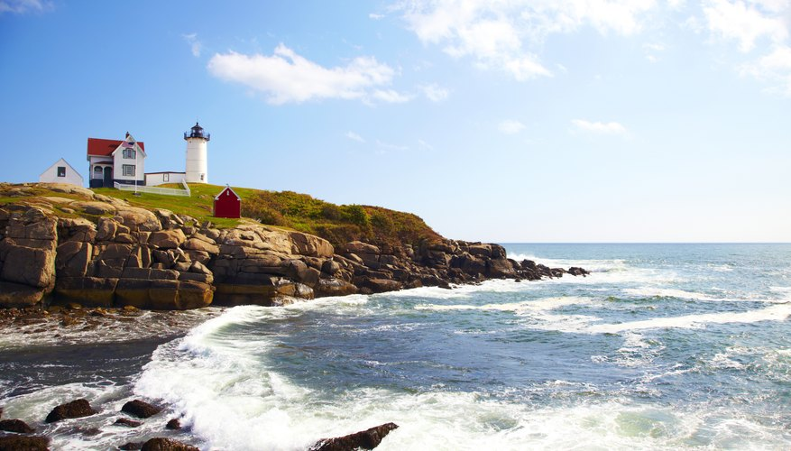 Maine's coastline offers plenty of opportunity for romance.