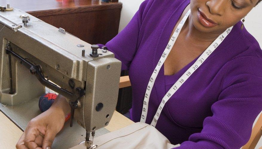 Con una máquina de coser, puedes confeccionar la camisa en una tarde.