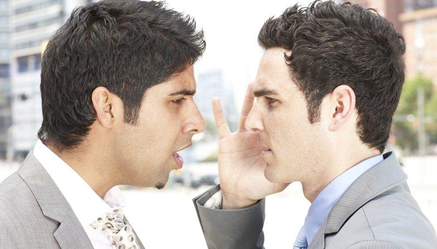 El juego del espejo es muy fácil de realizar y fomenta la confianza.