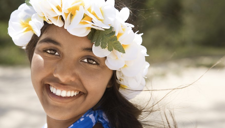 Bring the Hawaiian ambience to your backyard with themed games for teens.