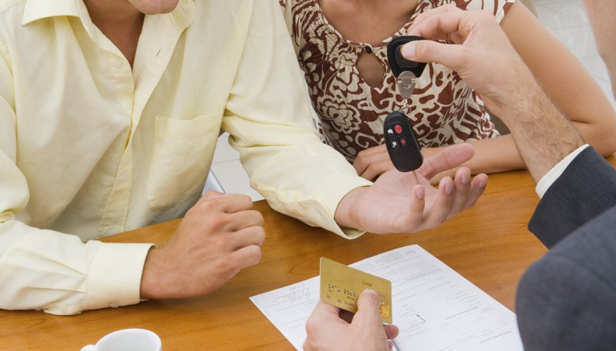 High credit scores can qualify you for an interest-free auto loan.