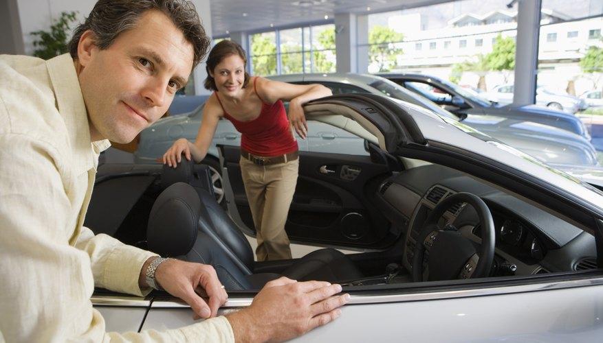 Convierte tu auto de tapa dura en un convertible.