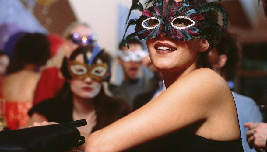 Endurece la máscara para hacerla más resistente y duradera.