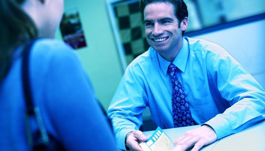 Solicita un cheque de caja para que tus operaciones con mucho dinero sean más seguras.
