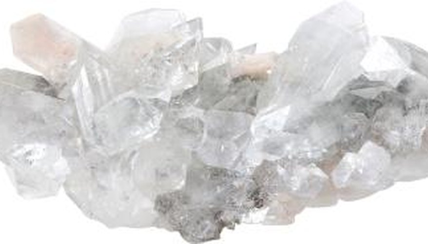 Camphor glass has a similar apparance to quartz.
