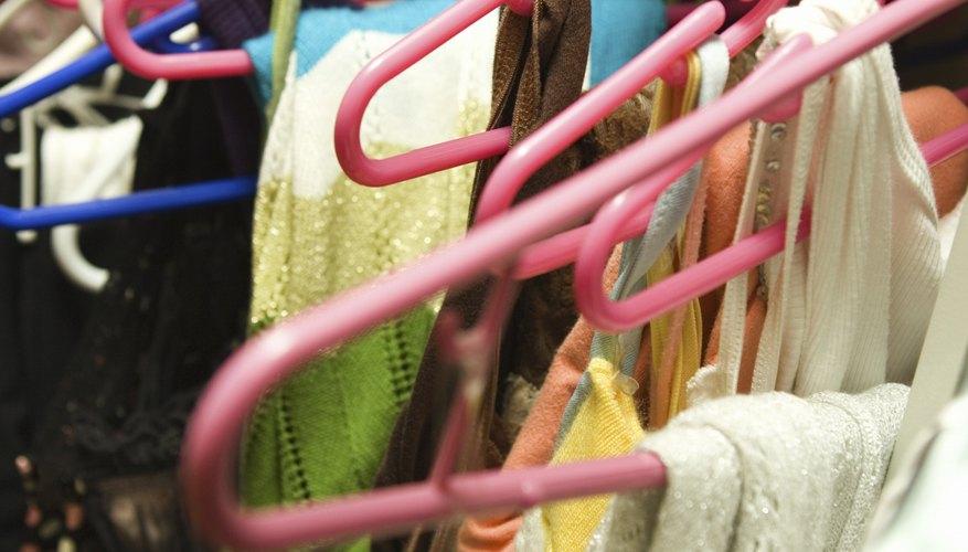 Haz que esa ropa olvidada en tu clóset se te ajuste con un poco de restructuración.