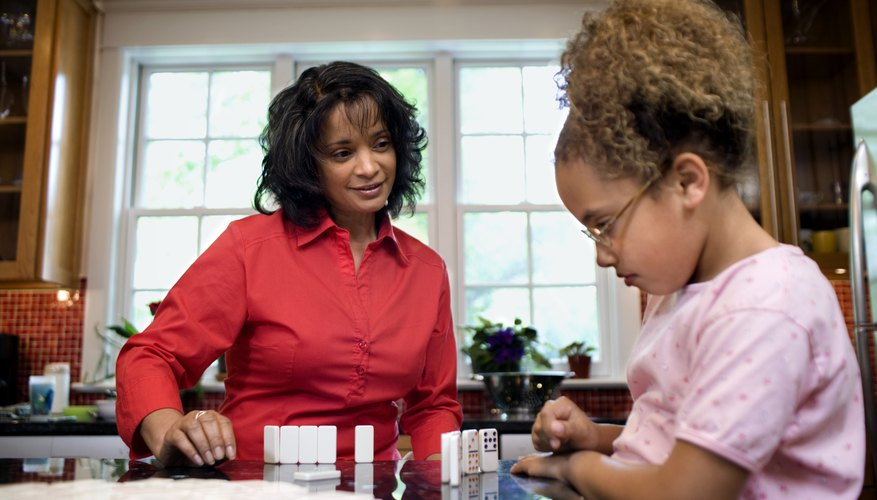 Mantener una familia monoparental es difícil cuando el otro progenitor es de alguna manera tóxico o peligroso para la familia.