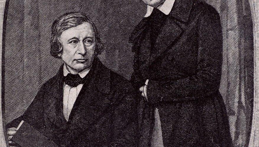 Los hermanos Grimm preservaron cuentos populares germánicos al escribir historias que eran esencialmente transmitidas de manera oral.