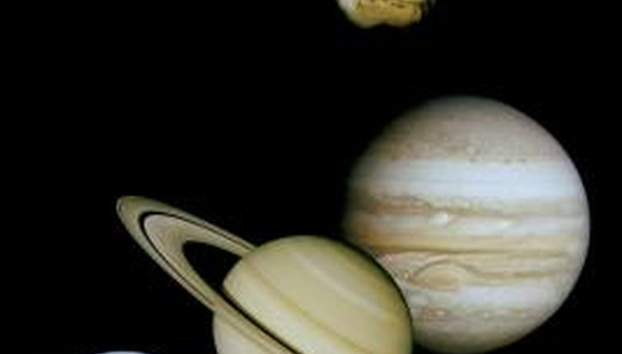 Create a model of the solar system that shows the differences between planets.