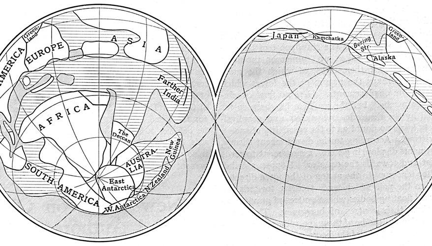 Precediendo al explorador John Cabot, Norseman Leif Erickson fue el primer que descubrió el Nuevo Mundo desde el otro lado del Atlántico, en el año 1003.