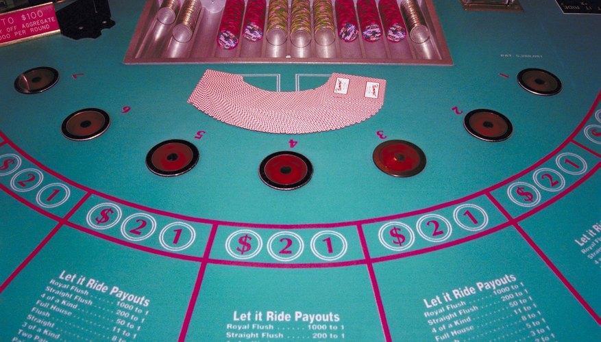 Los torneos de cartas son maneras divertidas para dar a conocer un juego de cartas determinado.