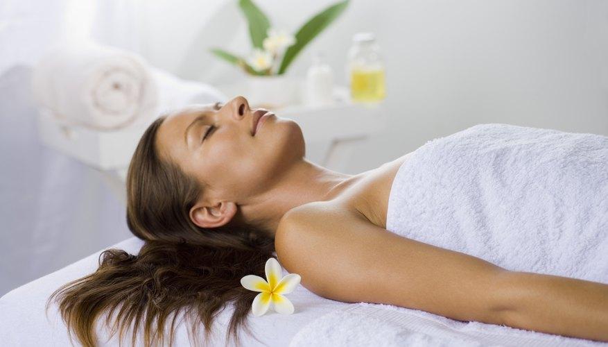 Según la Asociación Internacional de Spa, en 2007 se generaron US$10,9 mil millones de ganancias en la industria del spa.