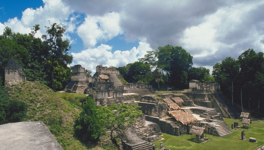 Mayas.