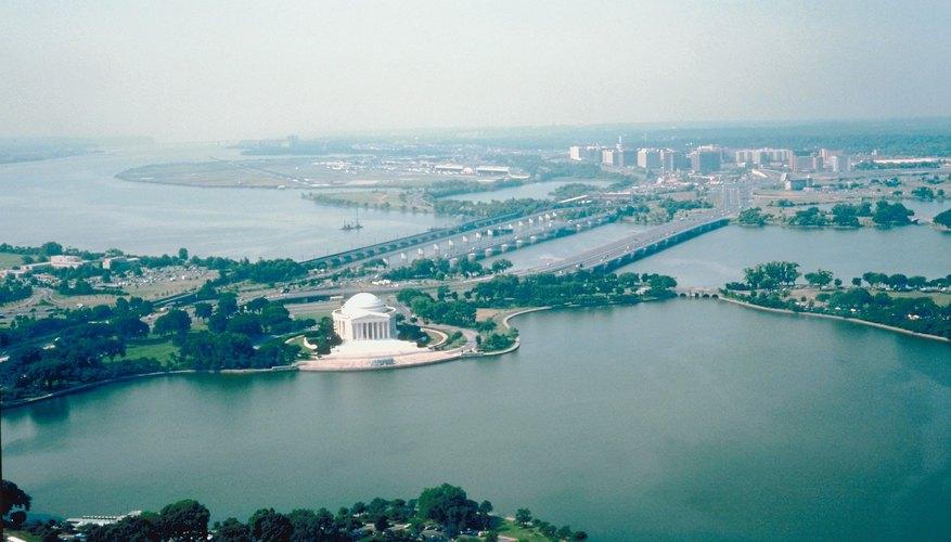 La limpieza medioambiental de la cuenca del D.C. es un enfoque del Día de la Tierra.