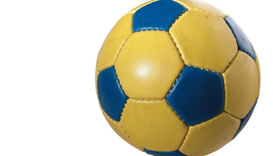 Pelota de fútbol.