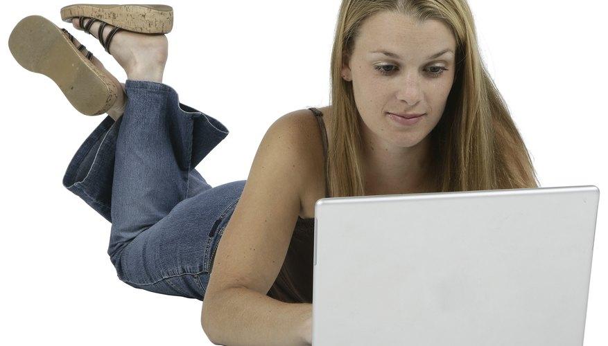 Los procesadores de texto facilitan el proceso de escribir informes académicos.