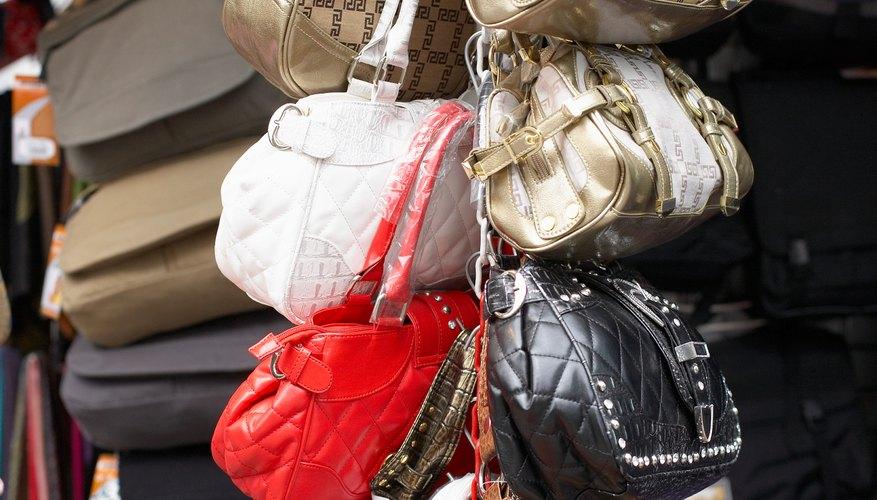 Cuando comparas los bolsos de mano Coach, no todas las cosas son iguales, en especial si el precio del artículo es demasiado bueno para ser cierto.