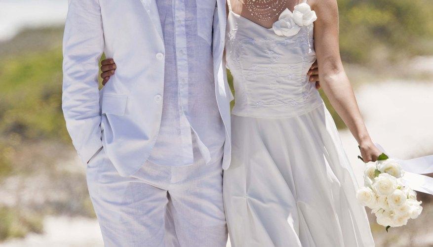 Reutiliza parte de tu vestido de novia.
