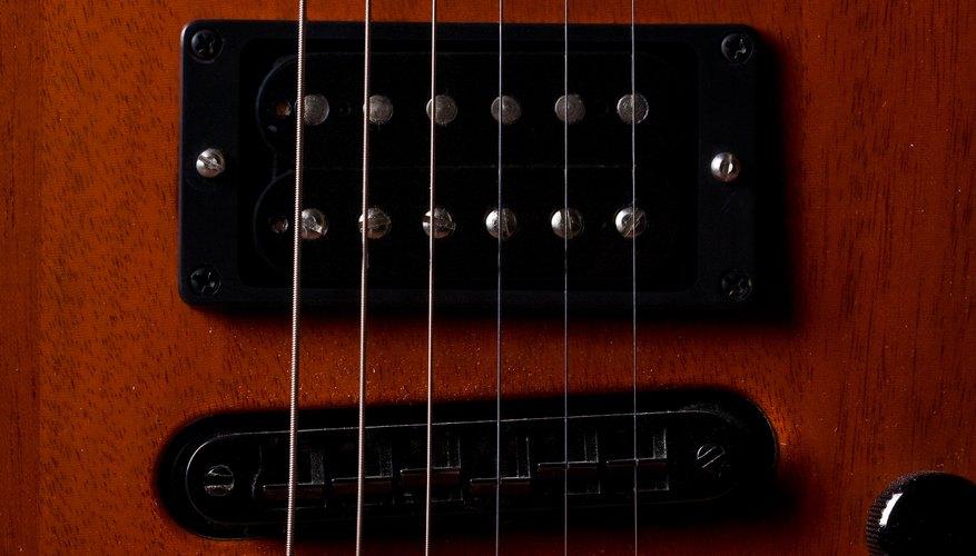La solución de problemas de zumbido en una guitarra eléctrica es de circuitos simples.