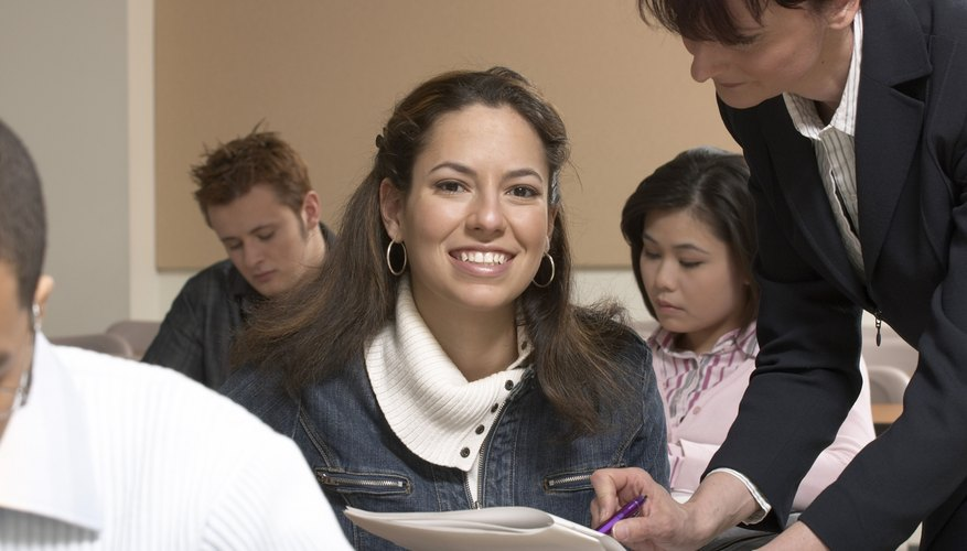 Escala de salarios de profesores de primer ciclo universitario en ...