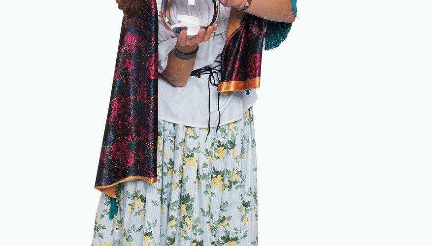 Un disfraz de pitonisa es fácil de hacer.