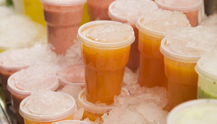 Las puertas de montaje superficial del refrigerador LG, tanto para el congelador como para el área de los alimentos frescos, son reversibles.