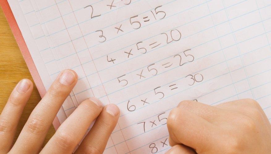 La práctica ayuda a los estudiantes a aprender a escribir correctamente los números.