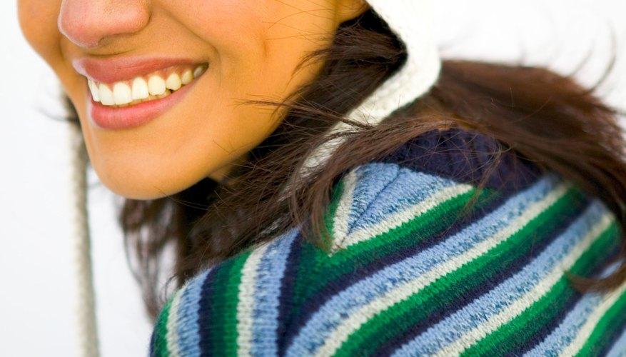 La capucha es un gorro muy fácil de tejer y muy moderno.