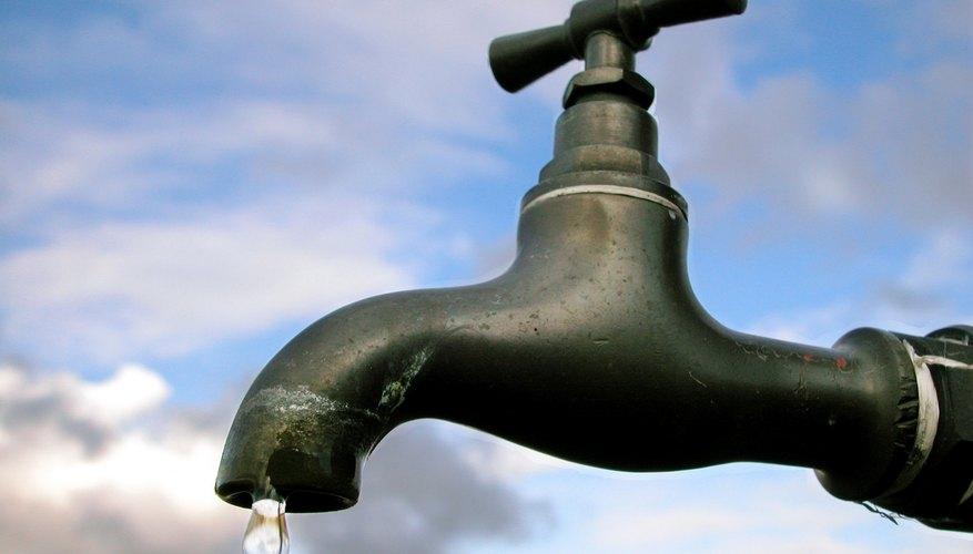 El agua pura es importante.