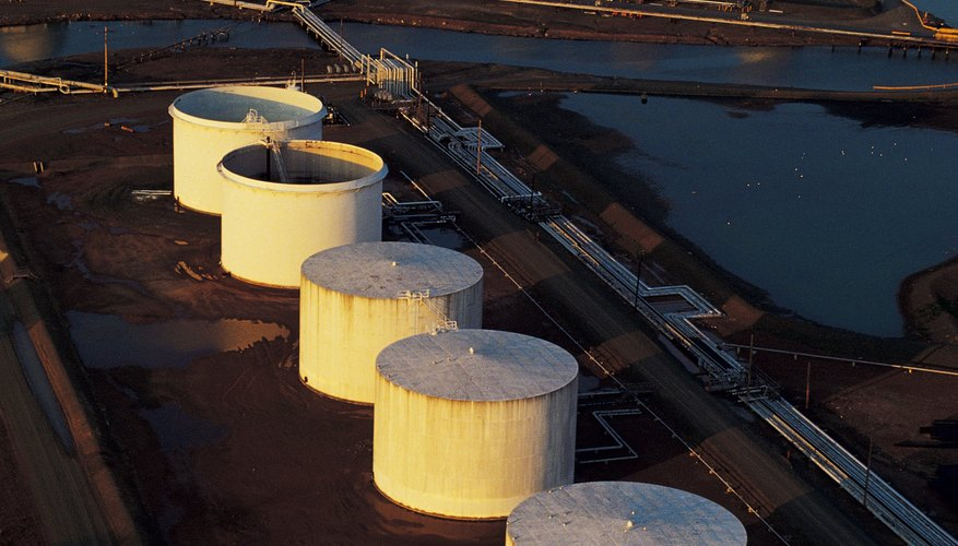 Oil storage tanks have fixed and floating roofs.