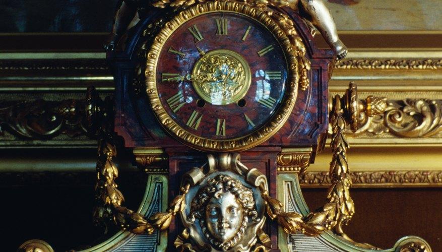 Descubrir los orígenes y el valor de tu antiguo reloj de pared puede ser realmente como resolver un misterio de 200 años.