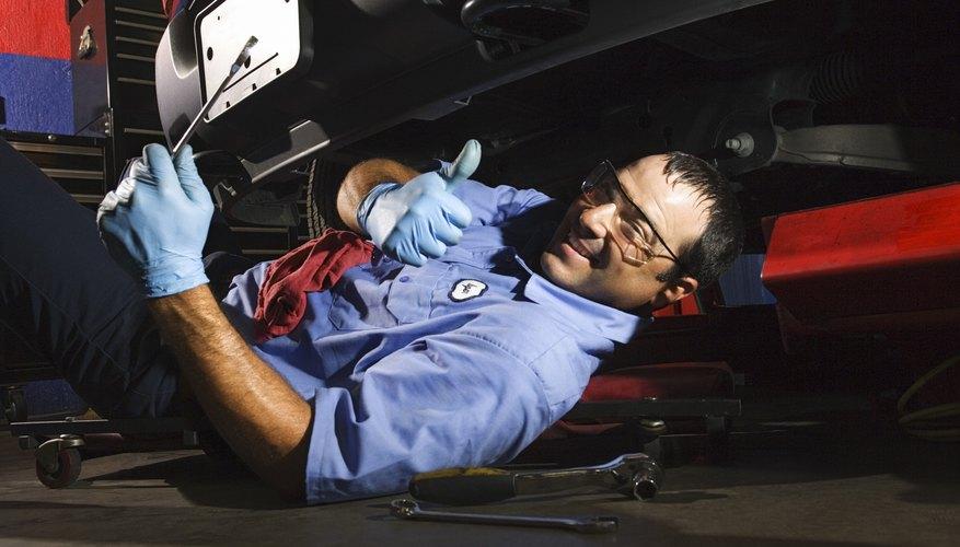 La rótula en el Volkswagen Jetta es la bisagra principal de la suspensión y dirección.