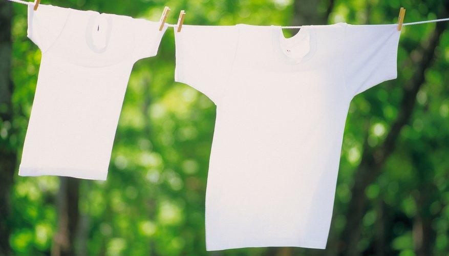 Cuelga tu ropa afuera para que se seque.