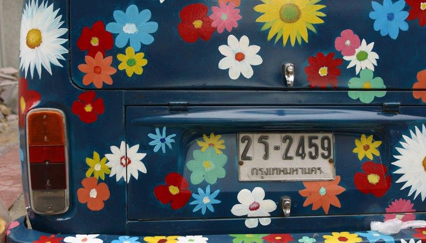 Las placas de matrícula o el VIN son usados para localizar dueños de vehículos.
