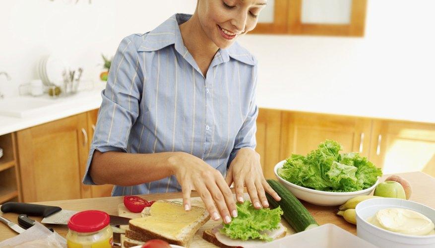Comienza con el negocio fabricando los sándwiches en la cocina de una casa.