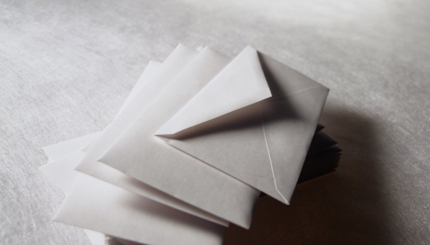 Sobres de papel.