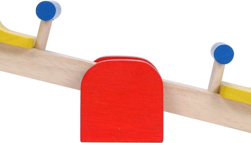 A teeter totter is a good example of a Class 1 lever.