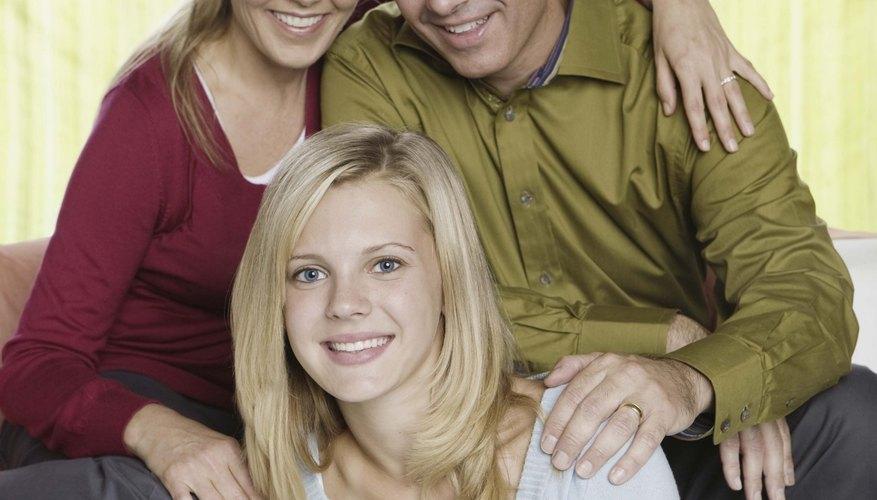 Las hijas ganan cimientos fuertes para enfrentar la vida cuando llevan una buena relación con sus padres.