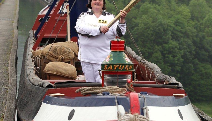 Puedes viajar por los canales en Wrexham, como hizo la Torcha Olímpica.