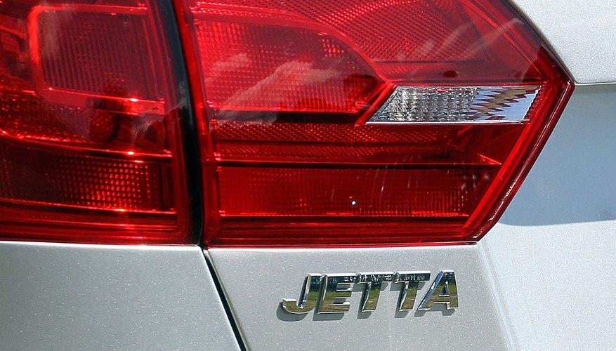 Cambia tu mismo la batería de la llave de tu sedán Volkswagen Jetta.
