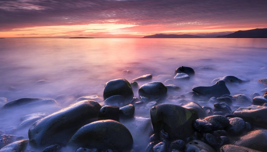 Best Time to View Sunsets in Reykjavik