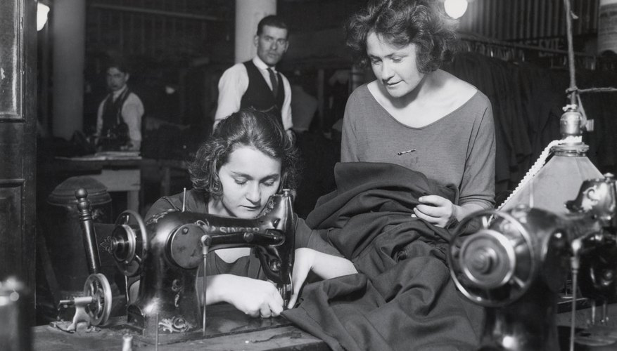 Jobs for Women in the 1920s | Bizfluent