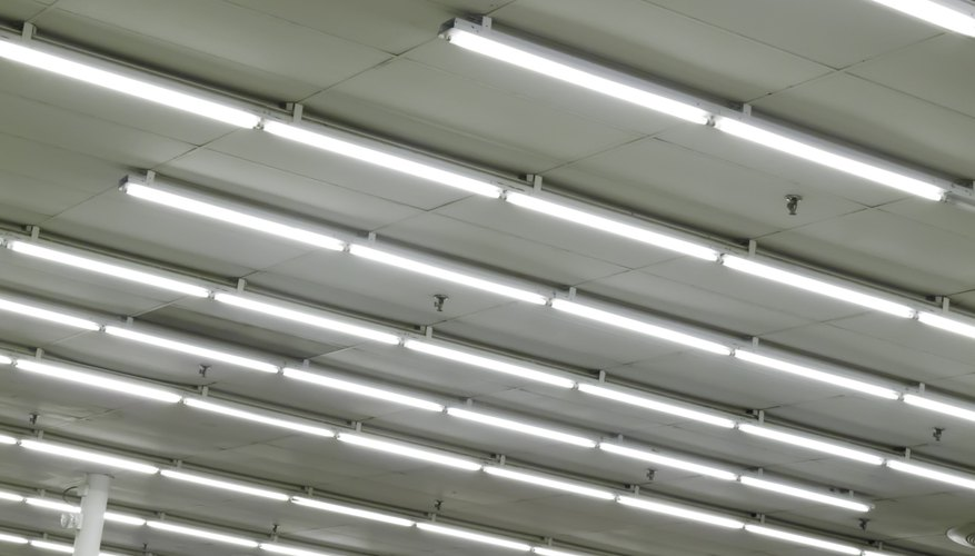 What Causes Flickering in Fluorescent Light Bulbs? | Sciencing