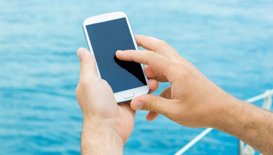 Tips for Using Cellphones on Cruise Ships