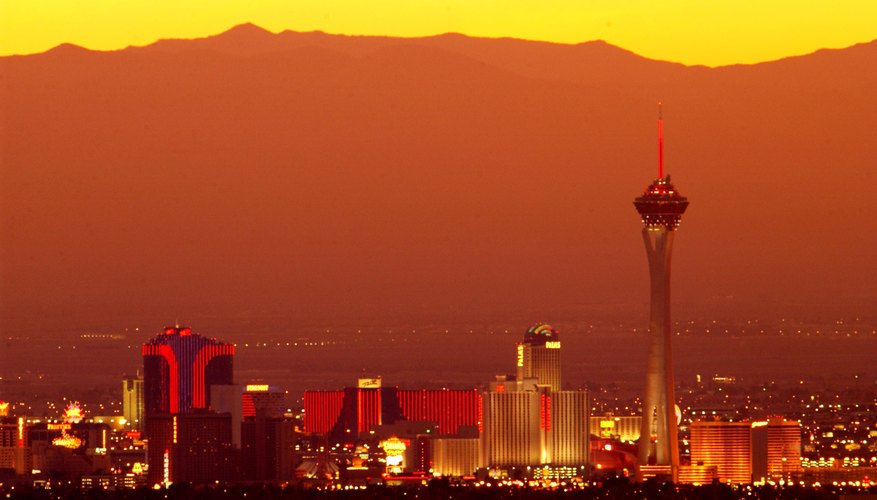 Best Time to View Sunsets in Vegas